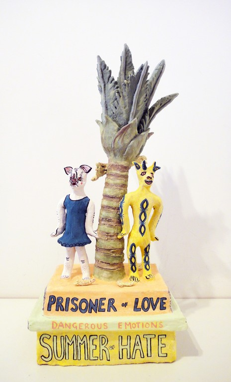 Tessa Laird, Prisoner of Love. Earthenware with ceramic paint, 450 × 220 × 140mm, 2013. Image Courtesy of Melanie Roger Gallery, ©Tessa Laird