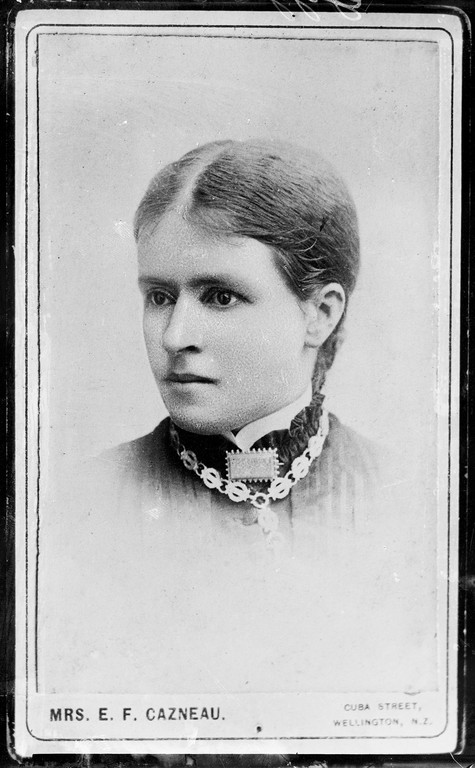 Figure 4: Emily Florence Cazneau, Geggel, circa 1920, glass copy negative of a carte-de-visite photograph made by Berry & Co, circa 1885, Museum of New Zealand Te Papa Tongarewa: B.046379. Purchased 1998 with New Zealand Lottery Grants Board funds.