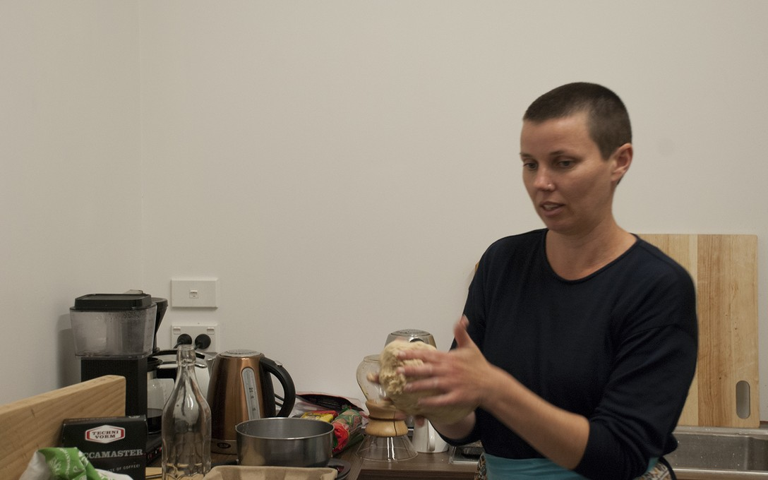 Zoe Thompson-Moore, The making of bread, etc. #4, for Developing an emerging practice with Māia Abraham, 16 October 2019.
