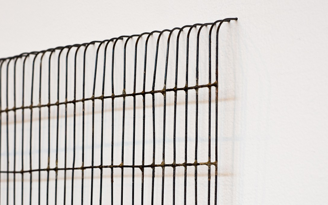 Katrina Beekhuis, Wire vent cover (Wire drawing), 2019, brazed panel wire. Image courtesy of Xander Dixon.