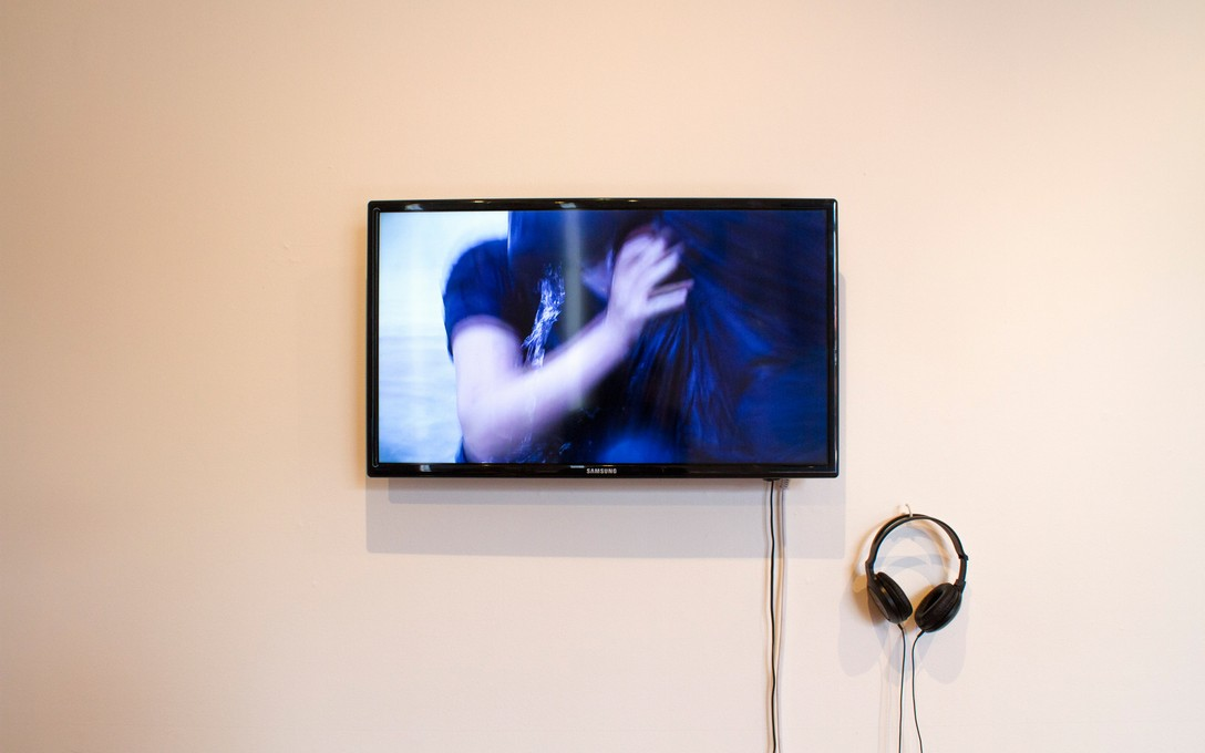 Kerry Ann Lee and Melissa Laing, Hither and Thither, 2013. Image courtesy of Clare Callaghan.